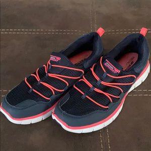 Navy blue & pink slip on sneakers